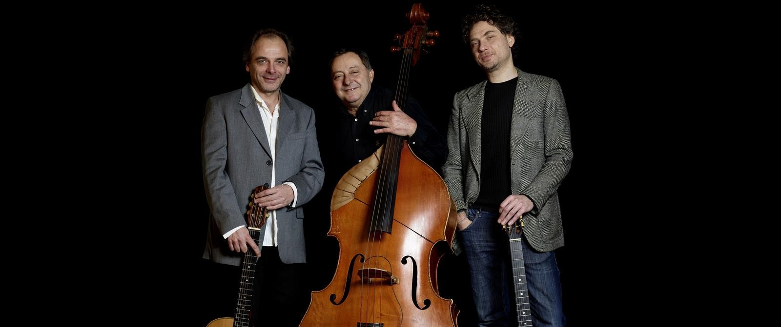 Djambolulù Swing Trio