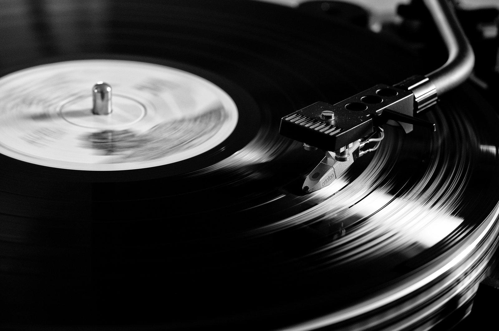 Maurizio Geri Swingtet – Listen